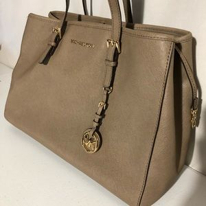 Michael Kors Saffiano Leather Small Jet Set Tote
